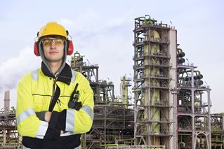 chemist-oil-and-gas-young.jpg